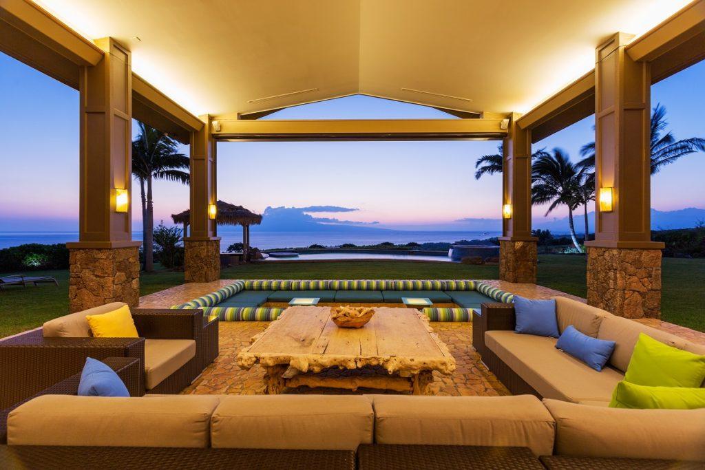 Modern and luxurious deck